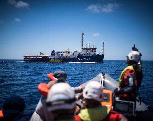 Sea-Watch, la CGIL è vicina alla comandante e ai migranti a bordo